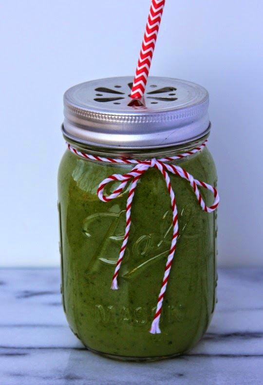 Spinach Pear Green Smoothie with Stonyfield yogurt
