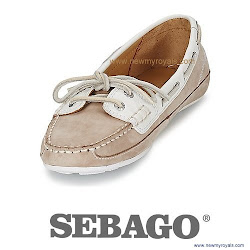 Kate Middleton Style Sebago Bala Boat Shoes and Henri Lloyd Aura Half Zip
