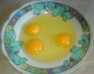 oua, oua pentru glazura, oua pentru musaca, retete culinare, retete de mancare, preparate culinare,