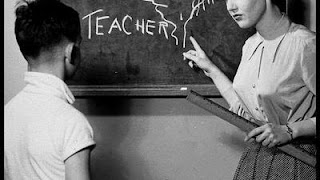 Professores ou Generais? Questão de Opinião...
