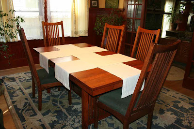 laurelhurst craftsman bungalow: dining room table runners