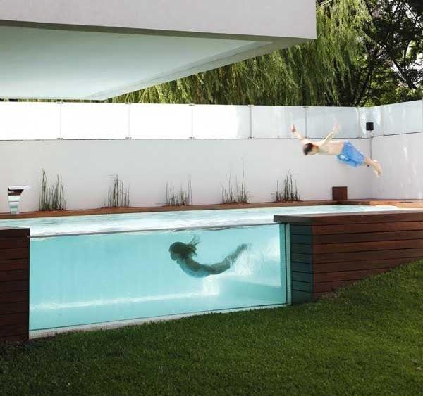 Decora o piscina transparente for Piscina de acrilico
