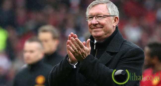 1. Sir Alex Ferguson - MU, Aberdeen & St. Mirre