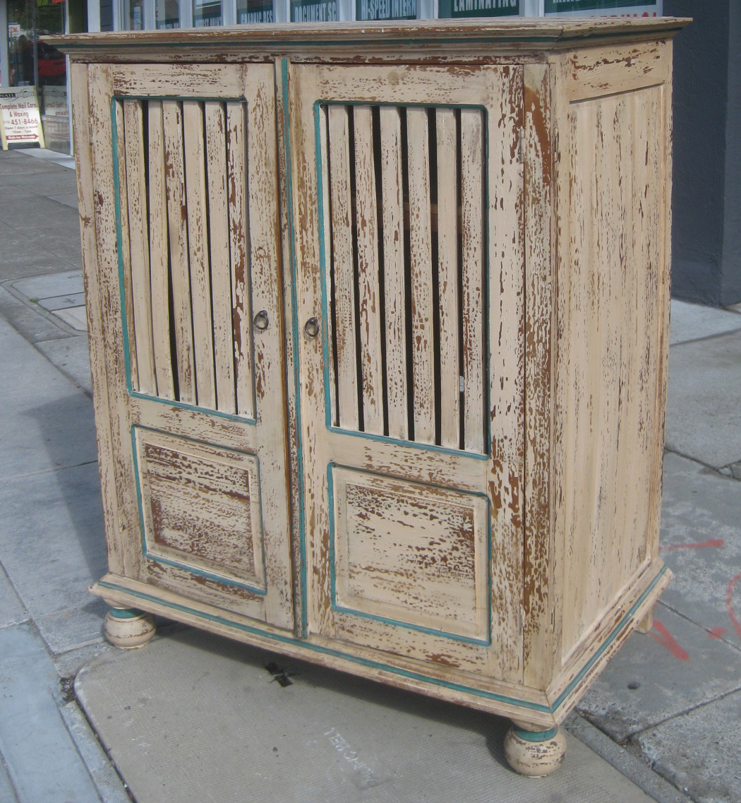 uhuru furniture collectibles sold shabby chic. Black Bedroom Furniture Sets. Home Design Ideas