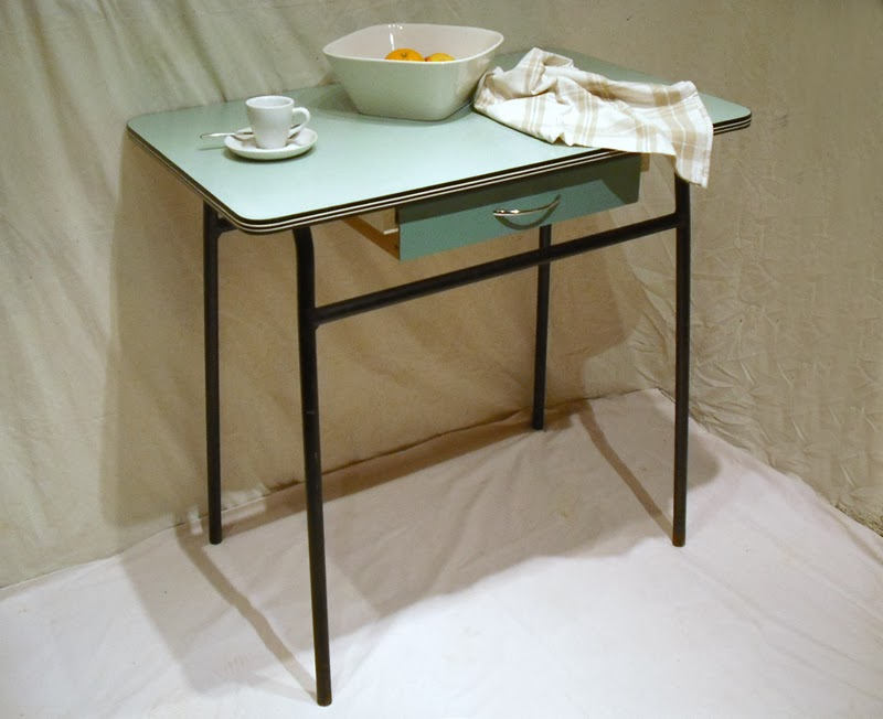 Formica table affordable great dinette sets retro renovation concerning formica kitchen with - Formica top kitchen table ...