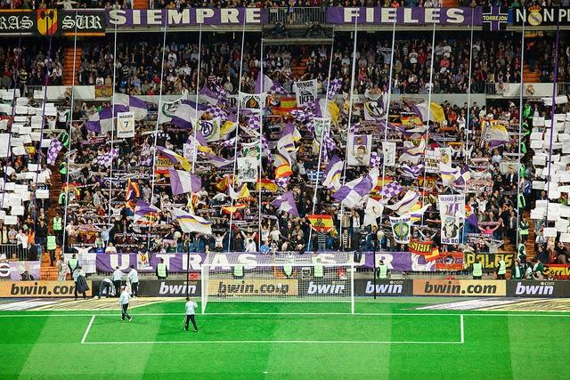 Fans Sepak Bola Paling Ditakuti Di dunia