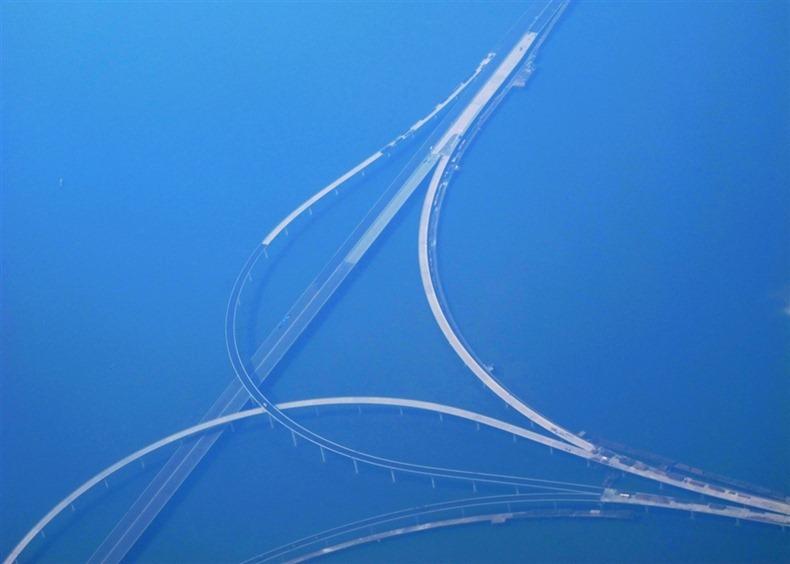 World 39 S Longest Sea Bridge Qingdao Haiwan Latest Car