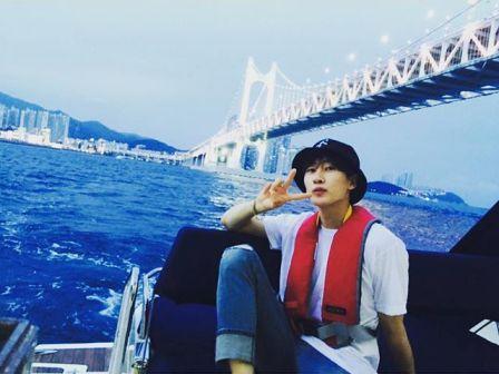 Kumpulan Foto Ganteng Eunhyuk