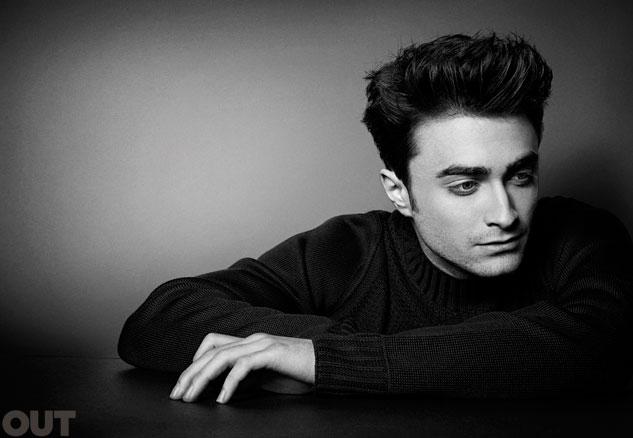 Daniel Radcliffe estrela edição de março da 'Out Magazine' (Foto: Reprodução)