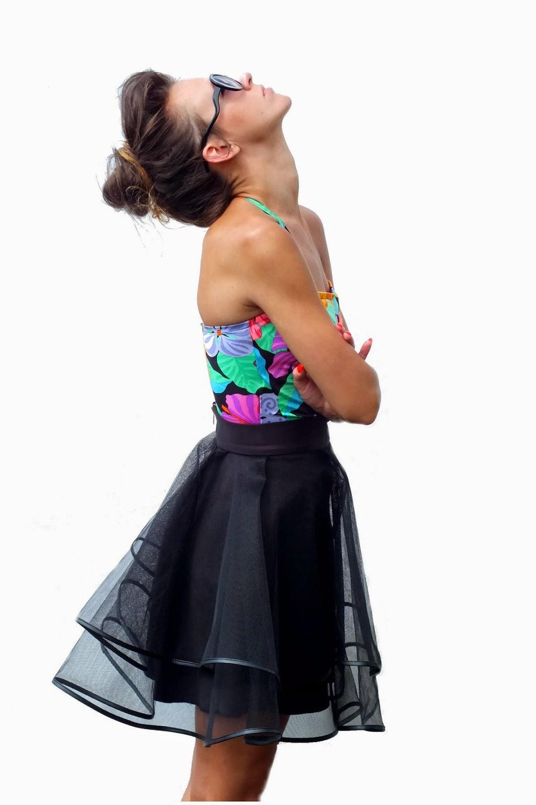 spódnica tiulowa z koła, czarna spódnica tiulowa, oryginalna spódnica z tiulu, spódnica na zamówienie, jedyna taka spódnica