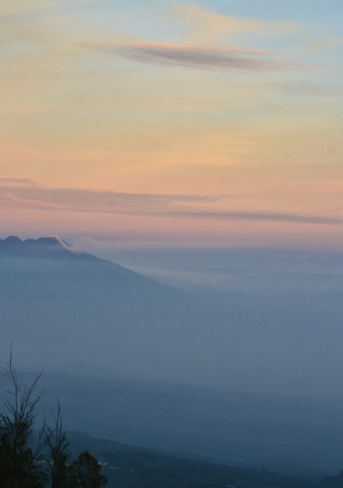 sunrise mount bromo indonesia