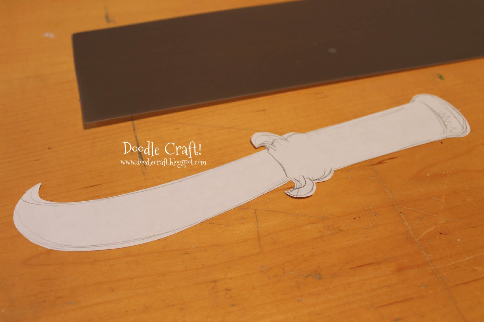 how to make a paper dagger