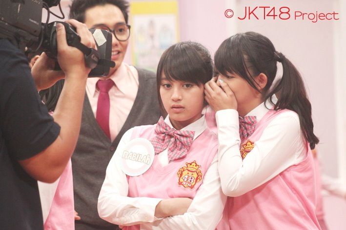 Nabilah dan Jeje at JKT48 school episode 3