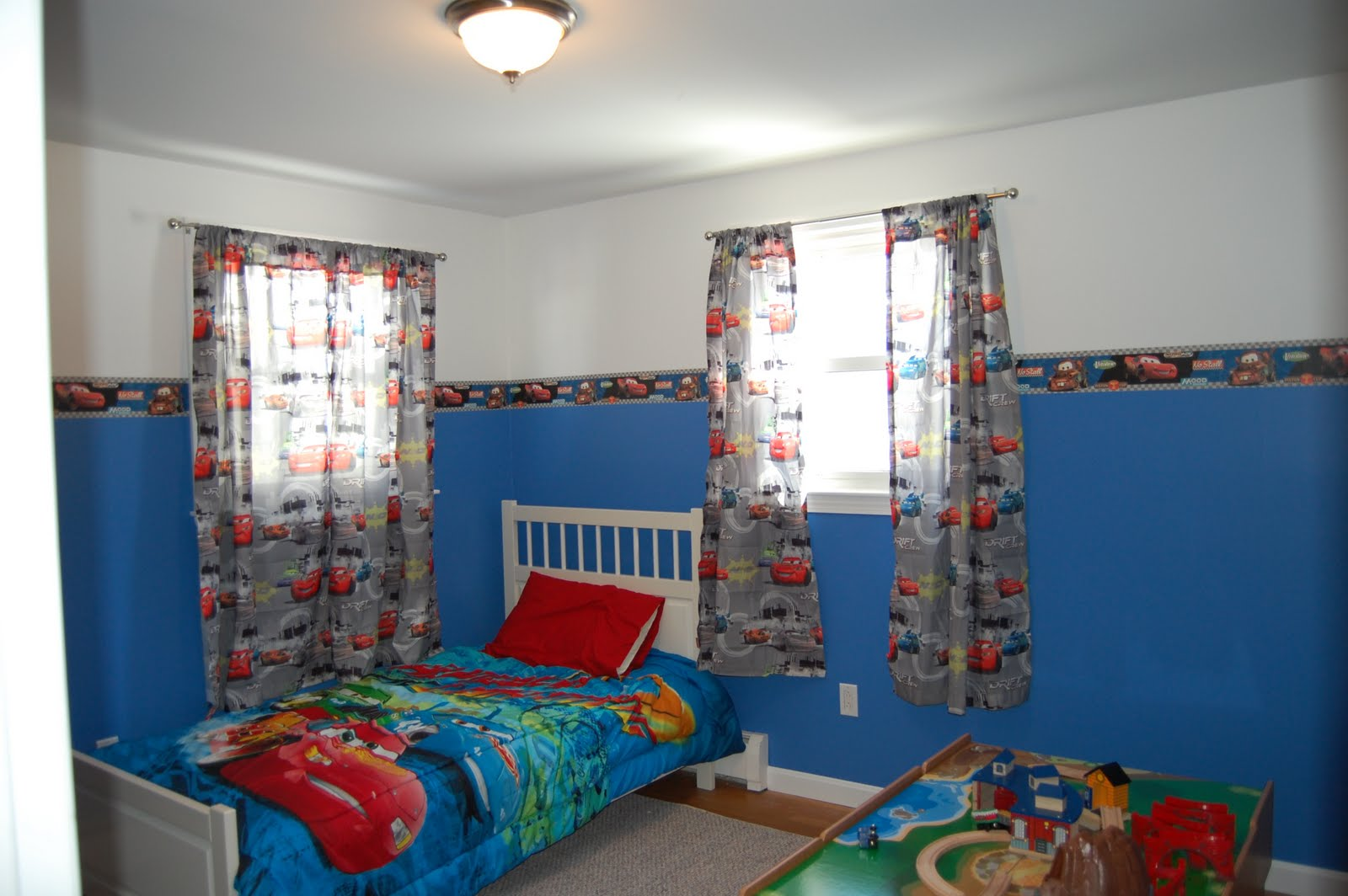 Fabulous Curtains for Boys Cars Room 1600 x 1064 · 161 kB · jpeg