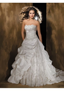 Finding Discount Wedding Gowns Online