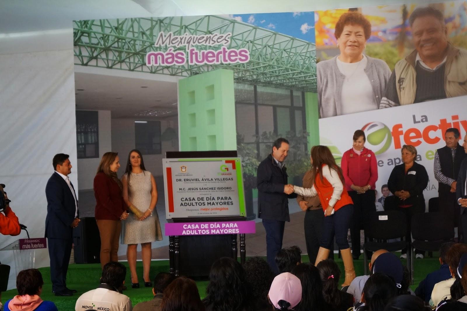 Entrega de apoyos a las mujeres Vallechalquenses