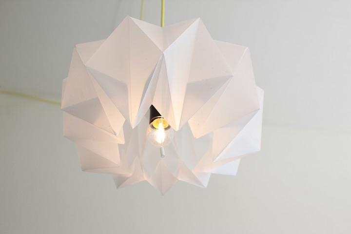 Initiales gg diy une lampe origami for Lampe en papier de riz