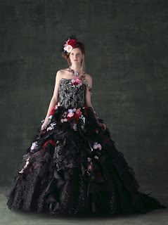 Popular Wedding Colors for Gothic Brides