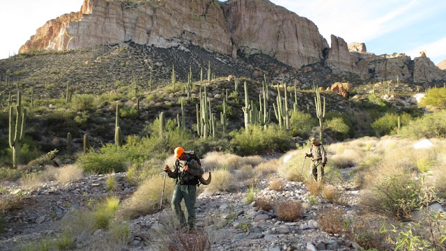 Arizona+Desert+Bighorn+Sheep+Hunting+in+Unit+22+with+Colburn+and+Scott+Outfitters+15.JPG
