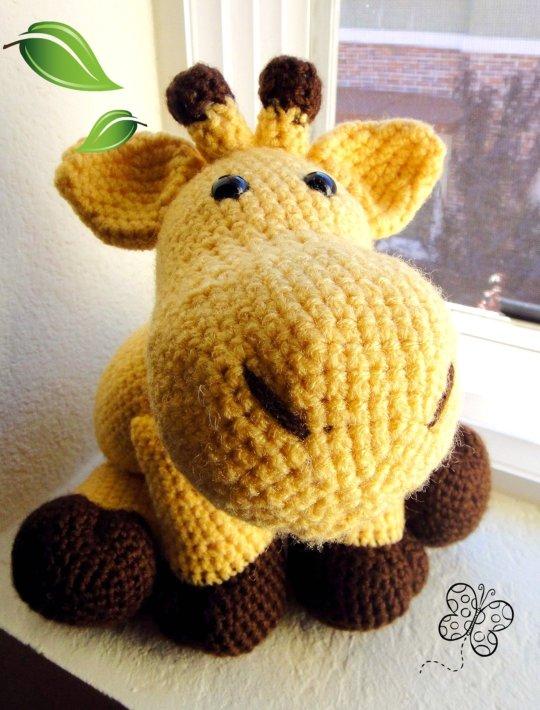 Amigurumi Hello Kitty Abeja : c?l??rs ?f th? cl??d: Amigurumi Pillow Pal Giraffe ?????????