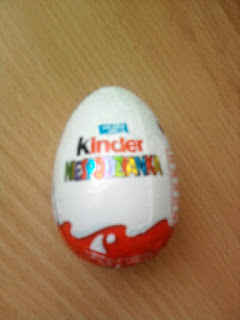 http://krzyzyki.blogspot.com/search/label/kinder%20niespodzianka
