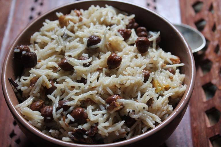 Easy Channa Pulao Recipe / Chana Pulav Recipe