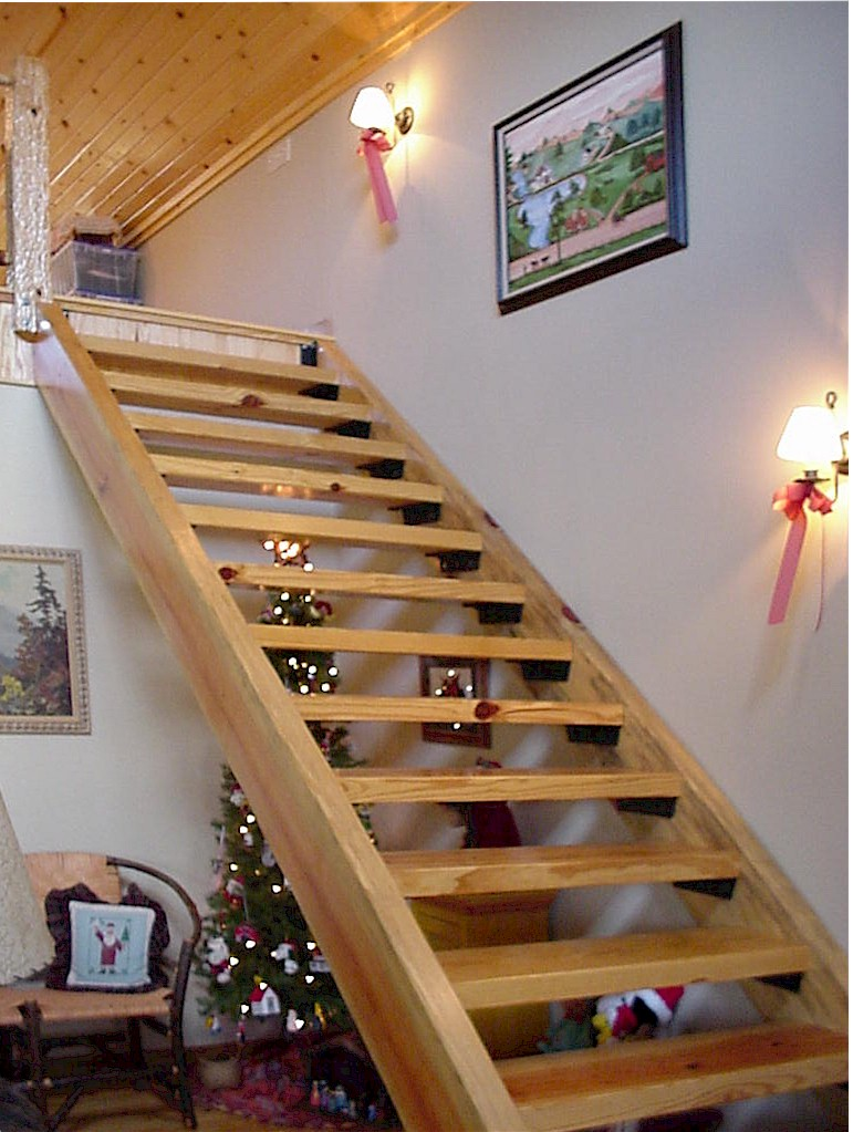 Staircase1 - View Simple Staircase Design For Small House Pictures