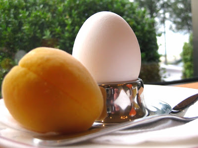 dressing the perfect soft boiled egg