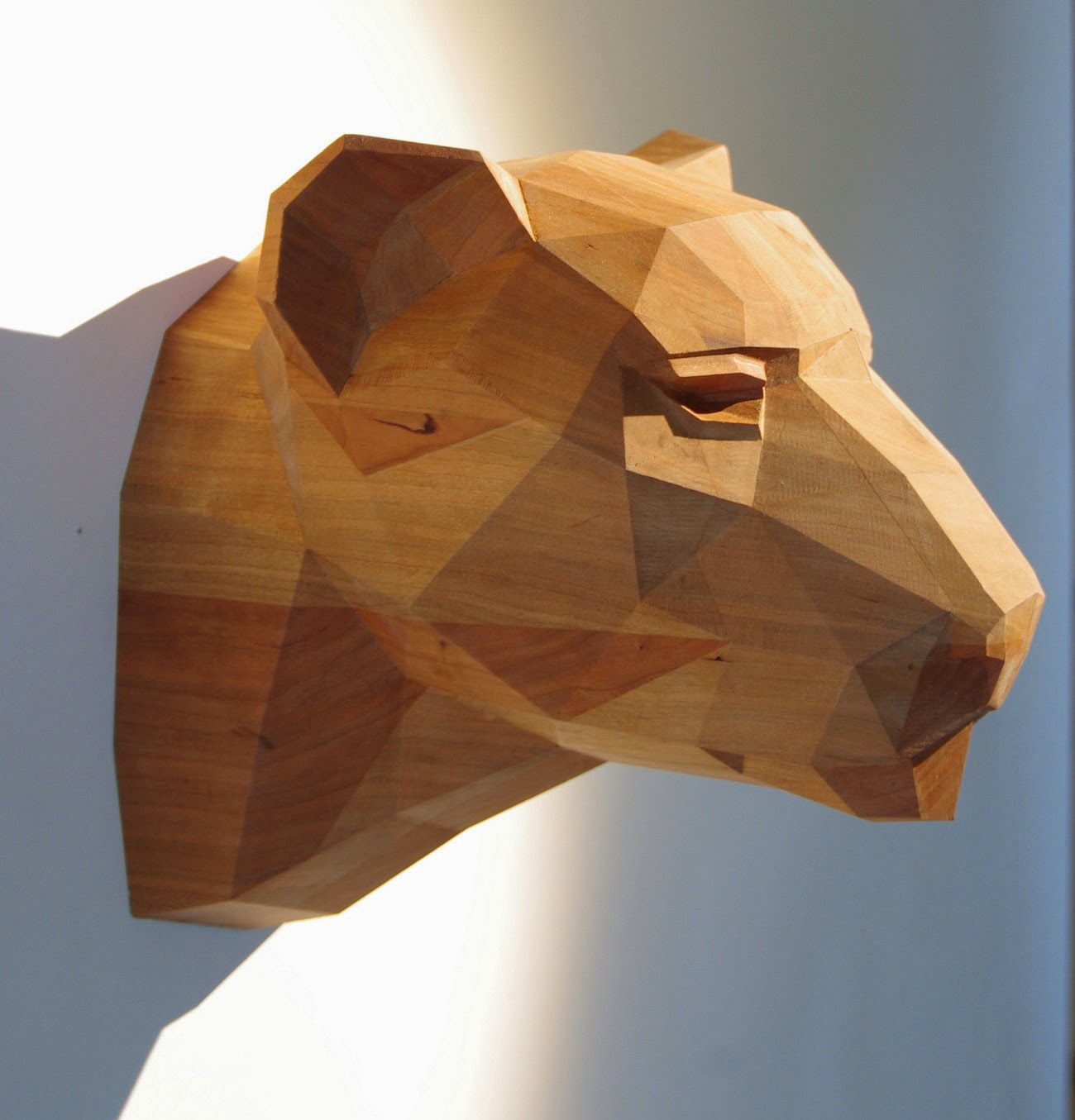 Okokno handmade paper sculptures by paperwolf - Video de sculpture sur bois ...