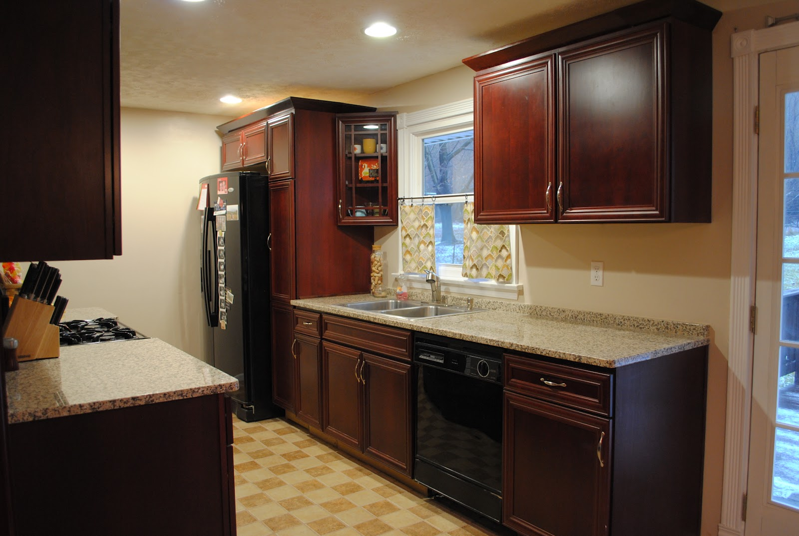 how to put up kitchen wall cabinets