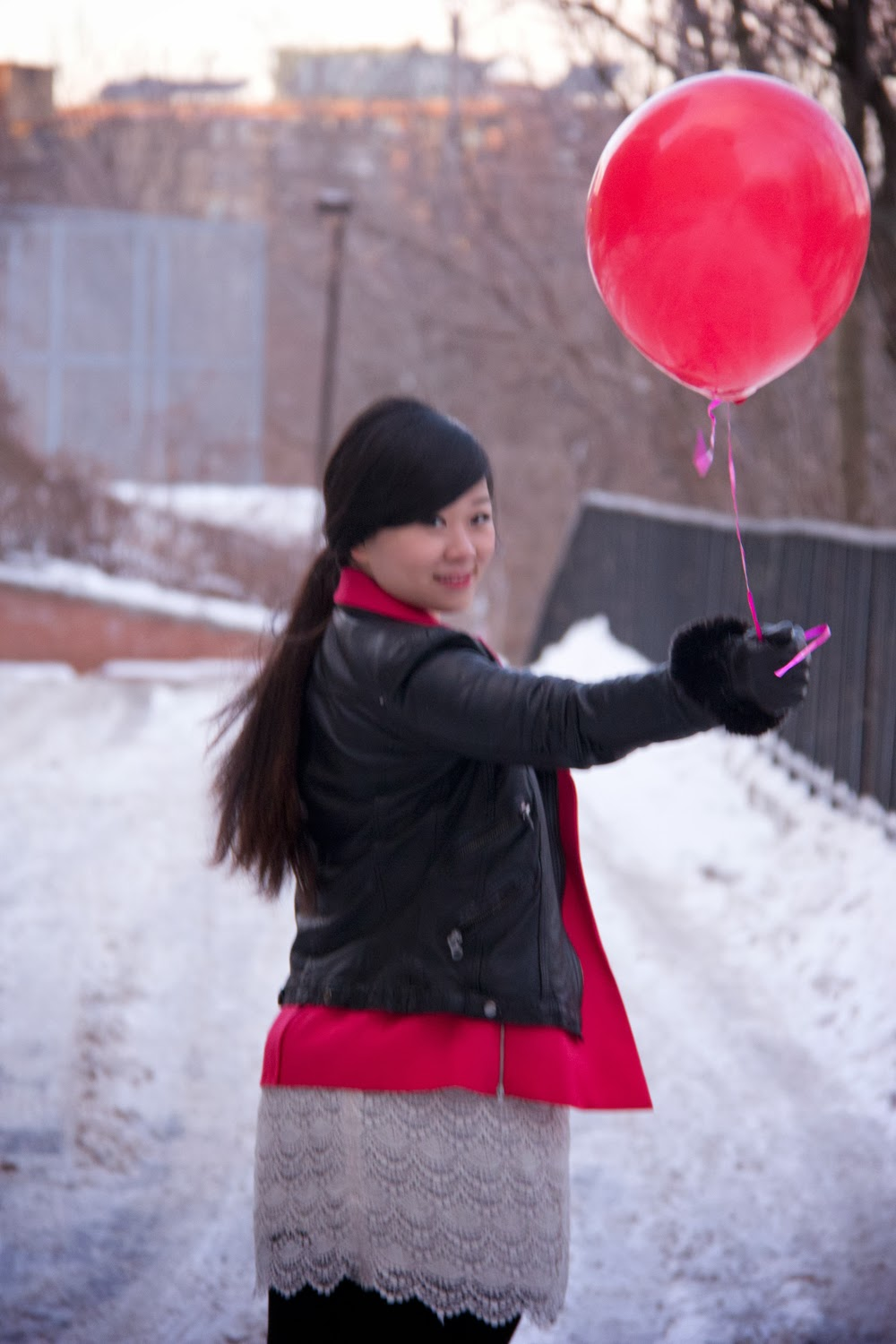 Red-Balloon, Black-Leather-Jacket, Pink-Blazer, Fashion-Blogger