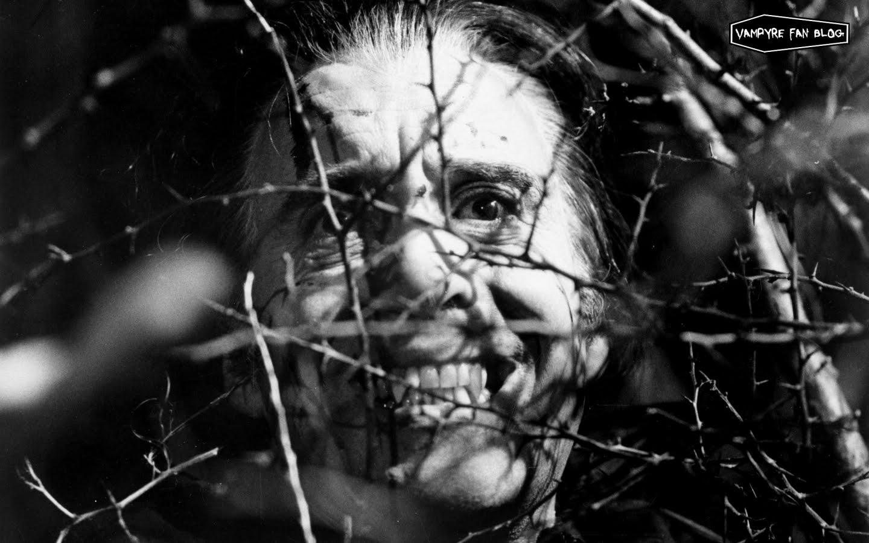 vampyre fan: vampire wallpaper backgrounds - actor christopher lee
