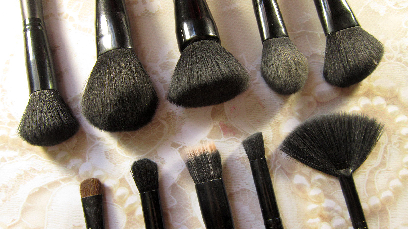 synthetic brushes cruelty free elf
