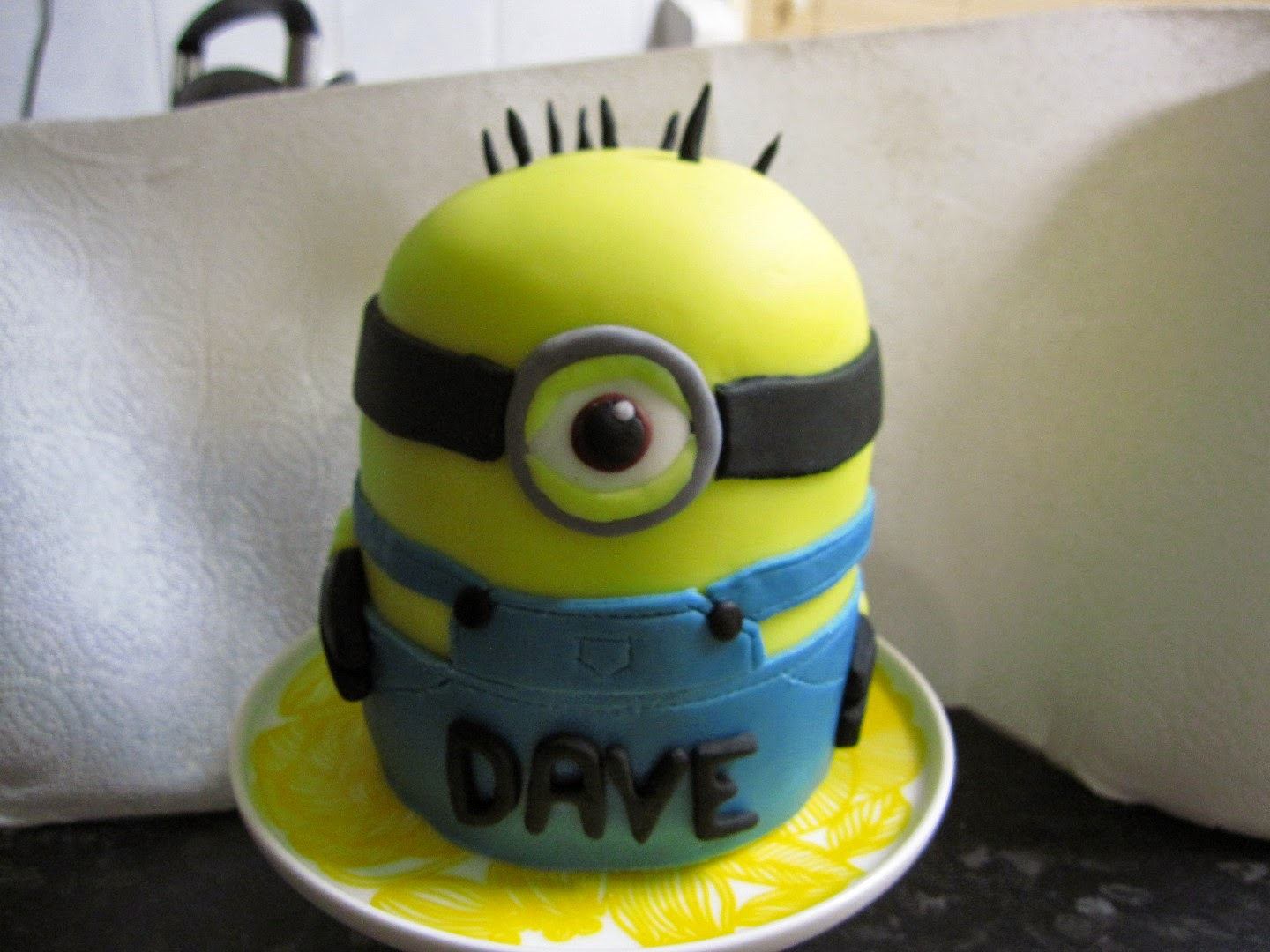 Cake Creations Minion cake for Daves birthday 29 July 2014