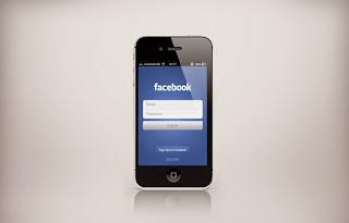 Lướt facebook trên điện thoại Iphone
