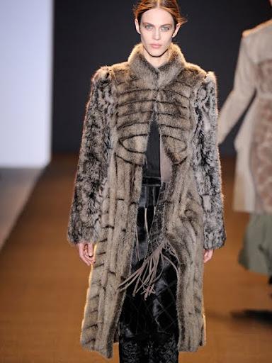 Дълго палто от животинска кожа Mendel
