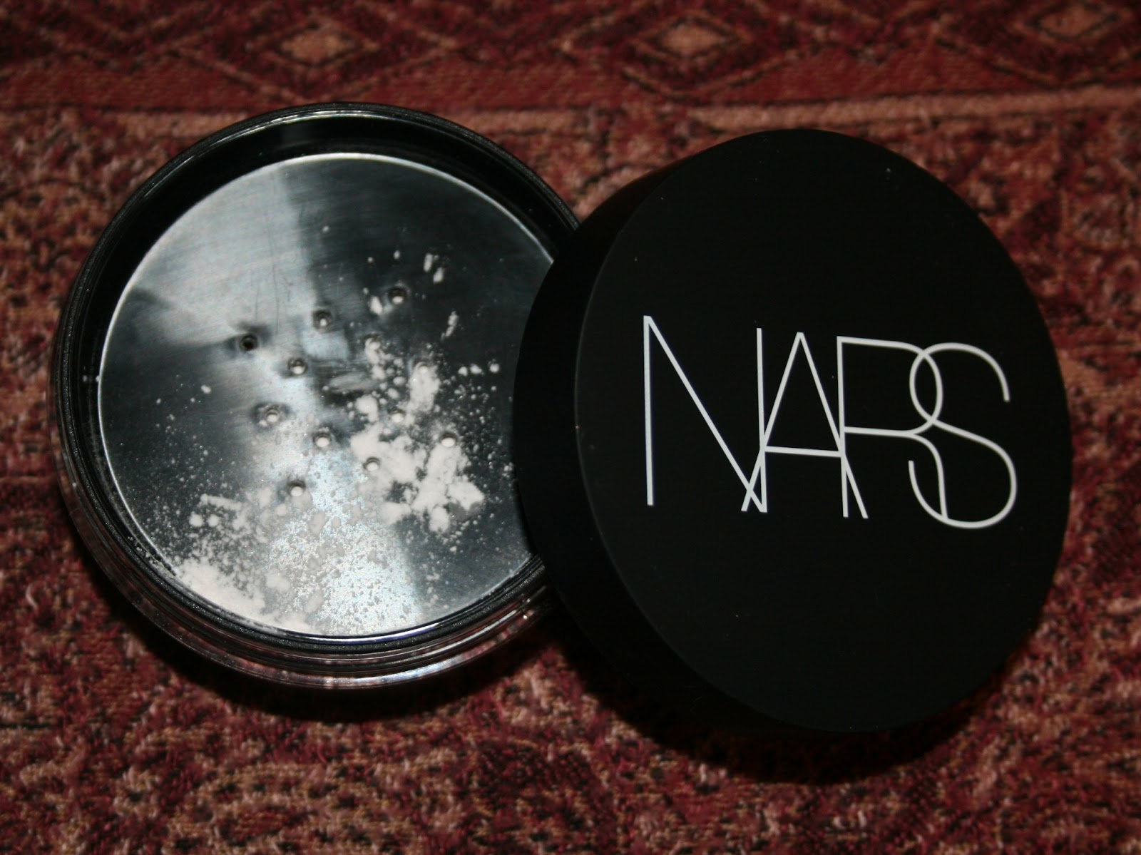 jules darling nars light reflecting loose setting powder. Black Bedroom Furniture Sets. Home Design Ideas