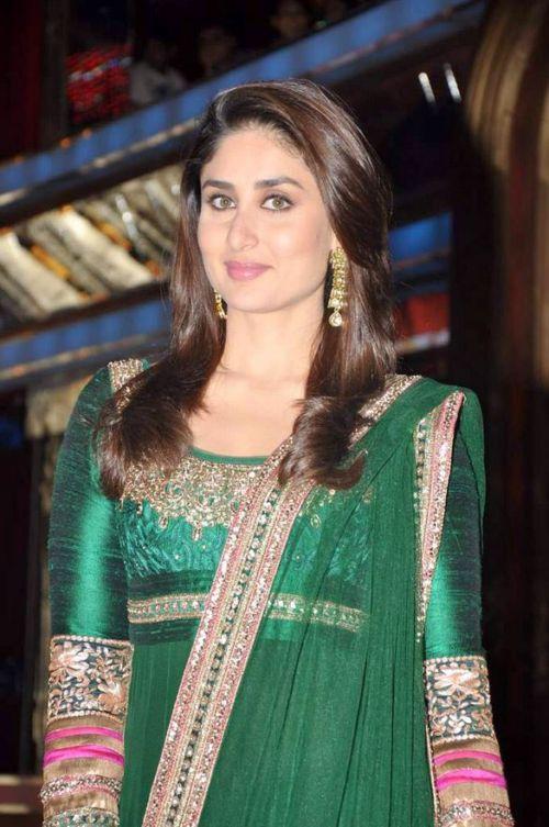 Kareena wedding dress