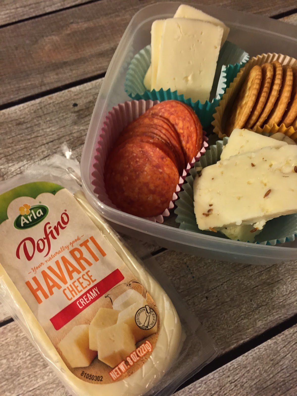 Homemade Lunchables With Arla Dofino besides A Cheese Salami Plate And A Giveaway as well Top 10 Pizza Flavors furthermore 281485 Lunchables Burgers in addition Printable Oscar Mayer Coupons. on different kinds of lunchables