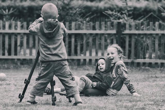 projekt, lato, summer. wieś, dzieci, children, photography, agata raszke, pikselerulez, zdjęcie, czarno-białe