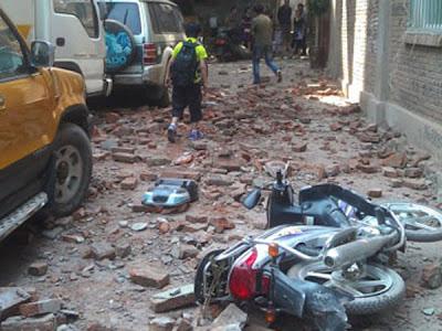 Daños causados por sísmo en China, el 07 de Septiembre 2012