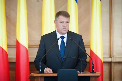 Klaus Johannis, Ponta-kormány, Victor Ponta, Románia, egészségügyi kártya, korrupció,
