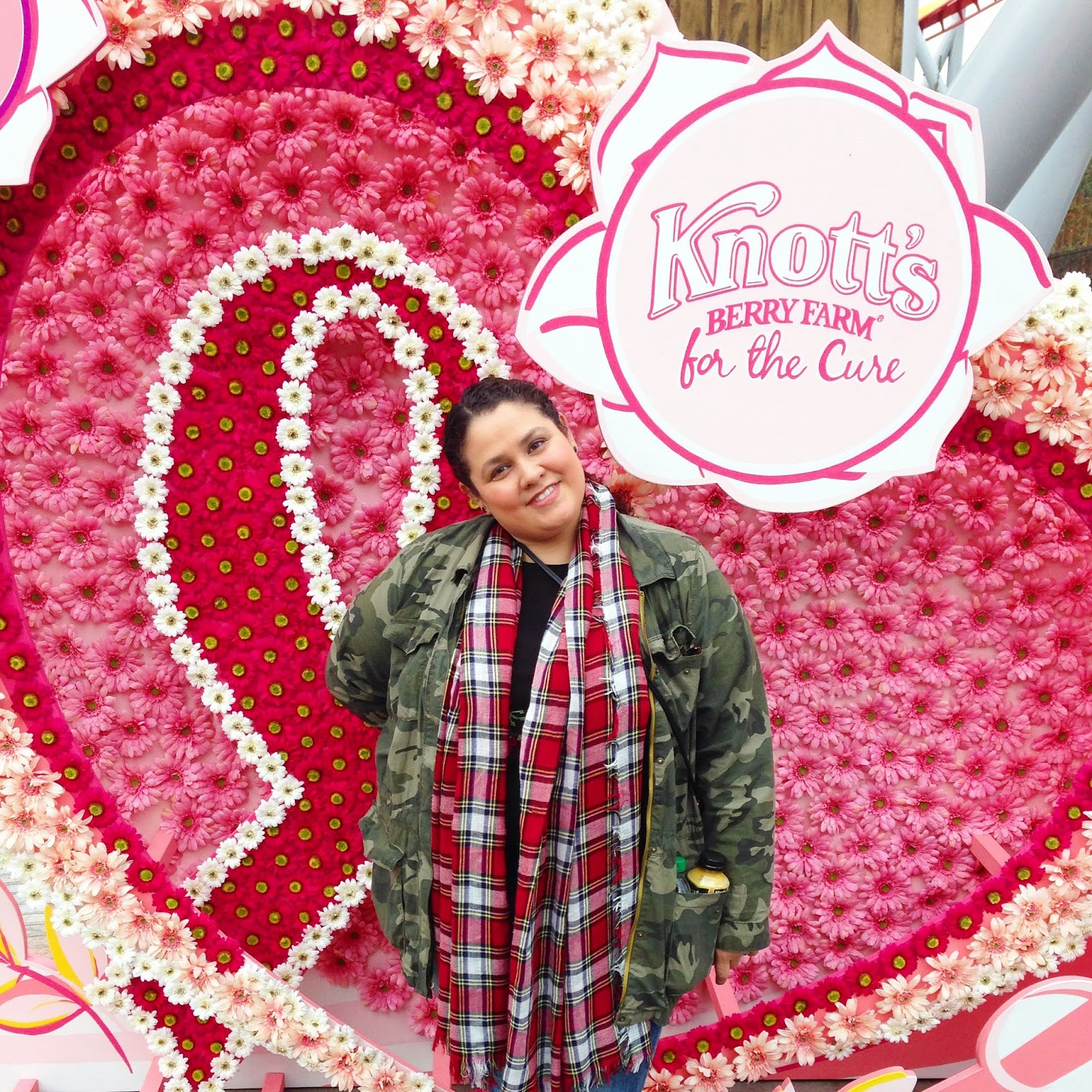 knotts berry farm, pink for the cure, snoopy, breast cancer, susan g komen, oc, #knottspink