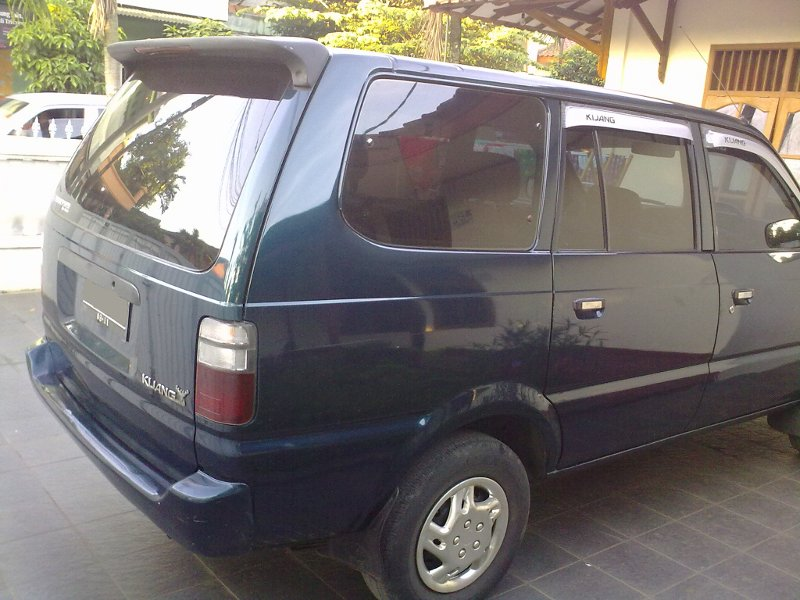 Bensen Rentcar  Toyota Kijang Lgx