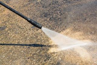 Limpieza de tuberías con agua a presión