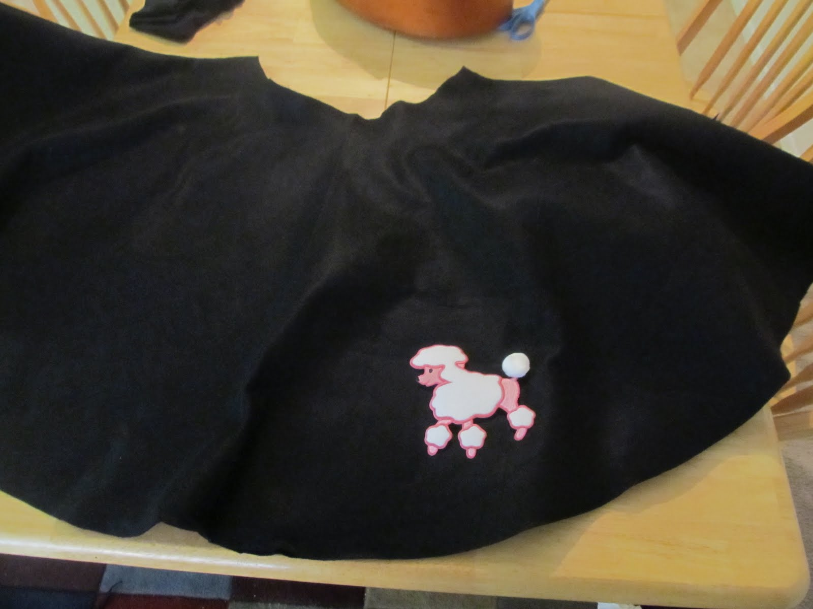 The Hunt 5 Make A Simple Poodle Skirt