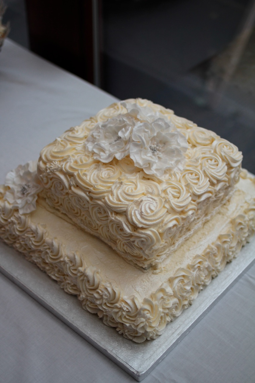 Two Tier Wedding Cake Buttercream