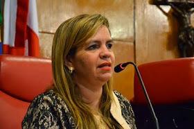 "Amiga dá conselho ao tucano Cássio Cunha Lima: ""Momento é de evitar o salto alto!"""