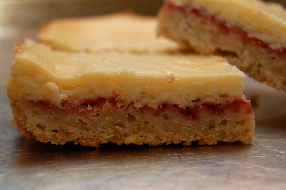 Growing Is Beautiful: Strawberry-Almond Cheesecake Bars