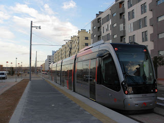 anden tranvía de Zaragoza Valdespartera